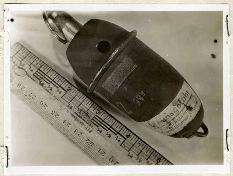 """Nebeleihandgranate 42 - Foto """"Allied Technical Intelligence Reports 1944-45"""" - Report No. 54, Nationalarchiv Washington, USA"""